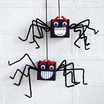 pająki na halloween