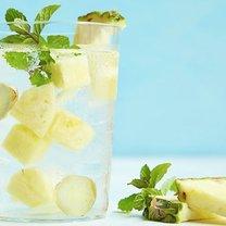 woda z ananasem