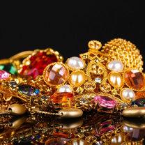 pakowanie biżuterii na podróż