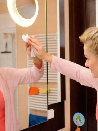 Sposób na smugi na lustrze