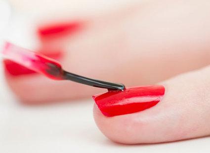 Jak pozbyć się gumy do żucia z podeszwy buta krok 3