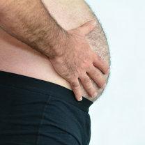 duży brzuch