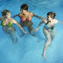 pływanie zalety