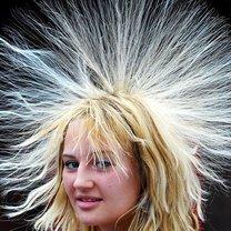 włosy elektryzowanie
