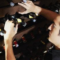 wino w piwnicy