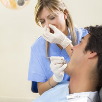 nieprzyjemny zapach z ust