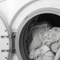 pranie białych ubrań