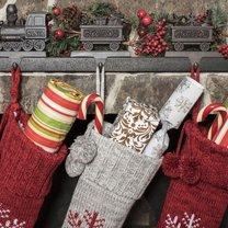 Świąteczna skarpeta to bez dwóch zdań jedna z najbardziej uroczych ozdób na bożonarodzeniowych...