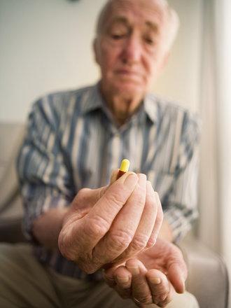 emeryt z tabletką