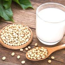 Soja niewątpliwie zawdzięcza swoją popularność weganom i wegetarianom. Produkty sojowe bardzo często...