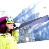 Uprawianie sportów zimowych wiąże się z utratą sporej ilości energii, możliwymi kontuzjami, a także...