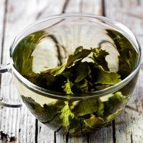 Zielona herbata to dzisiaj jeden z najpopularniejszych napojów i to nie tylko w Chinach - skąd pochodzi...