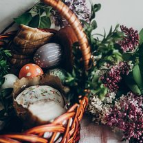 Koszyczek świąteczny to integralny symbol Wielkiej Nocy. Masz już pomysł, jak go udekorować? Jeśli...