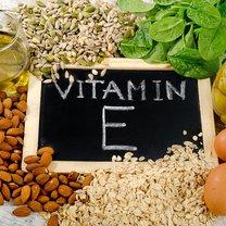 Witamina E nie bez powodu nazywana jest witaminą młodości. To naturalny przeciwutleniacz, który chroni...