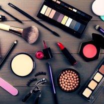 Większość kobiet uwielbia kosmetyki, szczególnie te sprawdzone i ulubione. Część z nich stosujemy...