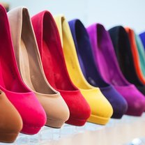Nie masz pomysłu, w jaki sposób przechowywać buty, żeby nie zajmowały dużo miejsca i jednocześnie...
