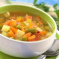 W Polsce traktujemy zupy jako danie obiadowe, jadamy je też na kolację. Nie mamy jednak zwyczaju spożywania...