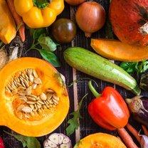 Jesień to najlepszy czas na urozmaicenie swojego jadłospisu o warzywa dyniowate, takie jak kabaczek...