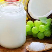 Olej kokosowy to dzisiaj jeden z najpopularniejszych produktów. Dietetycy zalecają go stosować do potraw...