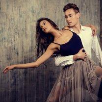 """Taniec kochamy od zawsze, ale w ostatnich latach, m.in. dzięki programom telewizyjnym takim jak np. """"Taniec..."""