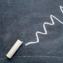 Kreda często kojarzy się ze szkolną tablicą i pisanie nią jest jej najpopularniejszym użyciem. Okazuje...