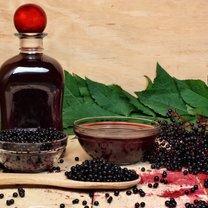 Czarny bez medycyna naturalna docenia i z powodzeniem wykorzystuje od wieków. Liście, kwiaty jak i owoce...