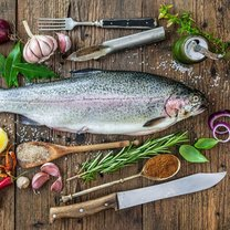 Pstrąg to jedna z najzdrowszych i najsmaczniejszych ryb. Żyje w czystych i rwących rzekach oraz strumieniach...