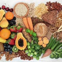 Większość osób wie o zbawiennych właściwościach błonnika pokarmowego, a w szczególności jego...