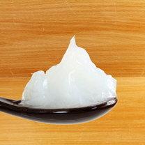 Przed laty wazelina zyskała ogromną popularność jako tani i uniwersalny kosmetyk do skóry. Zimą...