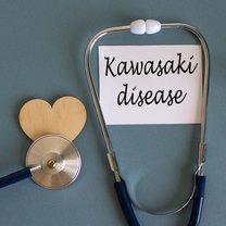 Choroba Kawasakiego to podstępne schorzenie, które wywołuje zapalenie naczyń wieńcowych serca i grozi...