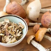 """""""Leśne mięso"""", bo tak często nazywa się grzyby, to nie lada gratka dla każdego smakosza. Choć..."""