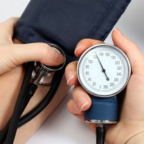 Złośliwe nadciśnienie tętnicze to najbardziej niebezpieczna odmiana tego schorzenia. Atakuje znienacka...
